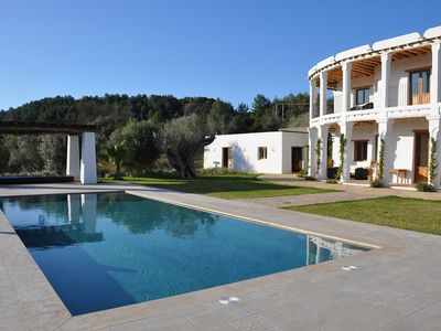 Photo for Beautiful Country House Retreat with Private Pool and surrounded by Nature!