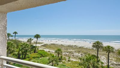 Spectacular Remodeled Direct Oceanfront Villa in Palmetto Dunes!! 4th Floor in Captains Walk!