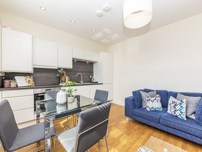 Photo for Modern Two Bedroom Apartment in Hammersmith - 207A