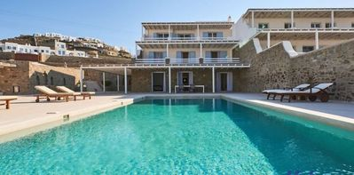 Photo for Magnificent Villa in Kanalia