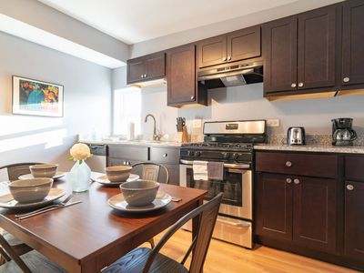 Photo for Rodesta 2 Bedroom Downtown Pilsen | Stratus by Cloud9