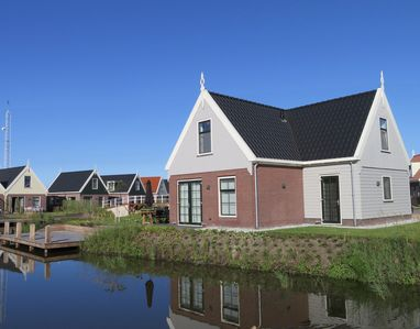 Photo for Luxurious Water Villa for 8 persons in between Amsterdam & Marken