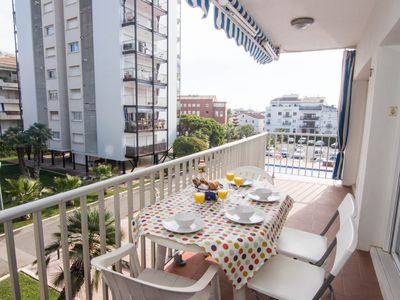 Photo for SUMMERTIME In the center of Sitges, with AC, WIFI, terrace and access to pool.