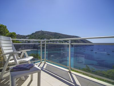 Photo for BELLISSIMO, apartment with privileged views to the Portet of Moraira. free wifi