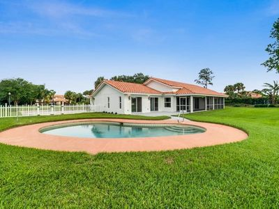 Photo for 4BR Villa Vacation Rental in Clermont, Florida