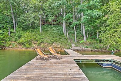 The 4-bedroom, 3.5-bath is situated steps from Lake Hartwell.
