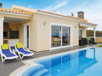 Photo for Tranquil villa accommodation w/ Wi-Fi, pool and amenities a short drive away