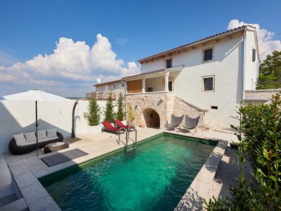 Photo for Modern renovated stone house with natural pool