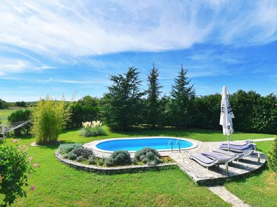 Photo for Holiday Home Petra - pool and fenced garden - Istria