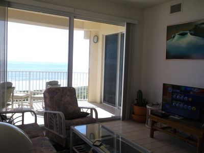 Photo for Top floor Corner with spectacular oceanfront views