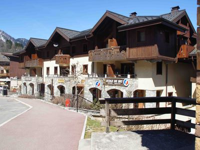 Photo for Ski-in /Ski-out, balcony, Mont Blanc view and Les Houches/Chamonix resort centre