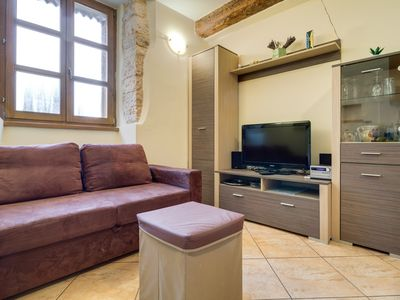 Photo for Studio apartment in the center of a historic place Svetvincenat
