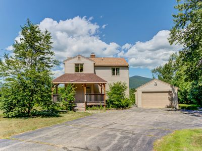 Photo for Updated 4 BR North Conway Home w/ Mtn Views! Large Deck, AC, Cable & WiFi!