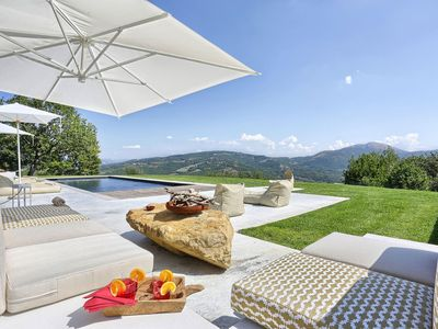 Photo for Villa Mariagiovanna is a beautiful villa in Umbria in a wonderful location. private pool, 6 bedrooms