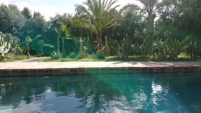 Photo for Rare! Charming property in a beautiful park. Pool and hammam.