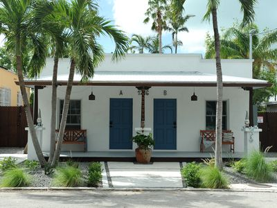 Renovated in Old Town, Private  heated pool, 3 Block from  Duval