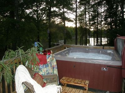 Watch the sunset from this fantastic hot tub.