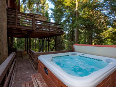 Photo for Charming Ptarmigan Village Home! Lots of amenities! Private Hot Tub! Sleeps 12!