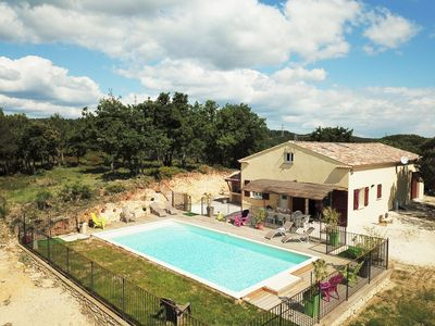 Photo for Villa with fenced private pool, 3000 m2 of garden without neighbors nor vis à vis