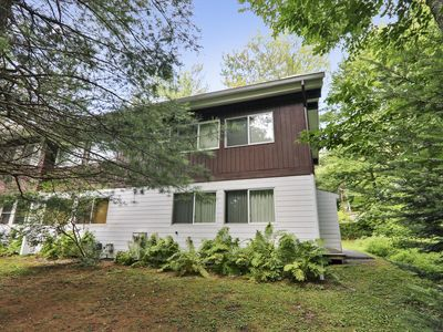 Photo for 1 bed 1.5 bath right off the mountain road!