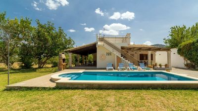 Photo for Cozy and quiet villa with pool