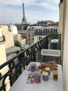 Photo for Beautiful apartment with Eiffel Tower view