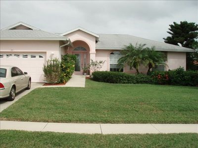 AMBER DRIVE 4 b / 2.5 b,  Heated pool, Lg. Dock No stairs, Handicap Accessible