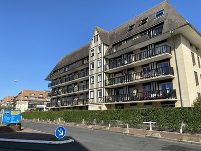 Photo for 2BR Apartment Vacation Rental in Villers-Sur-Mer, Normandie