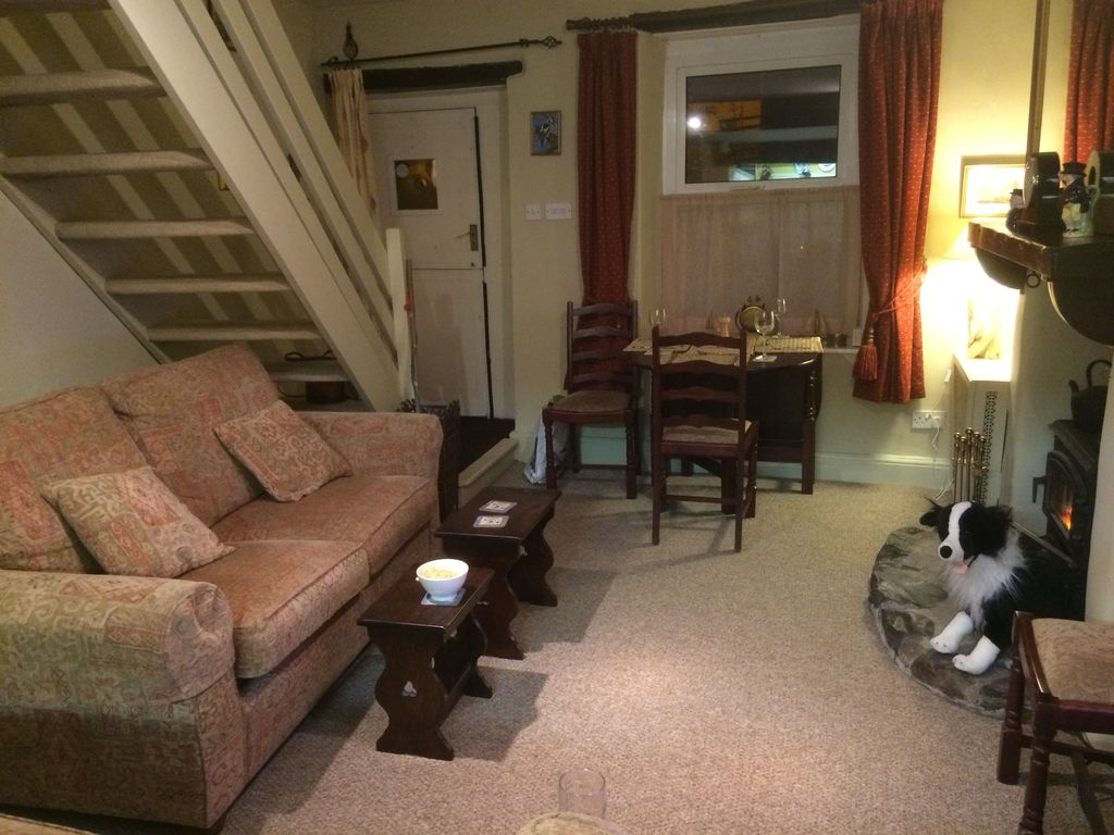 barnacle cottage period cottage close to the lake district and