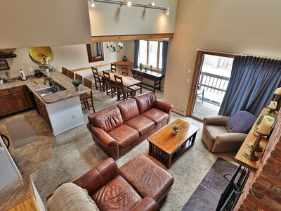 Photo for Spacious Colony Club Loft Condo. Sleeps 8. Great for Families and Groups.