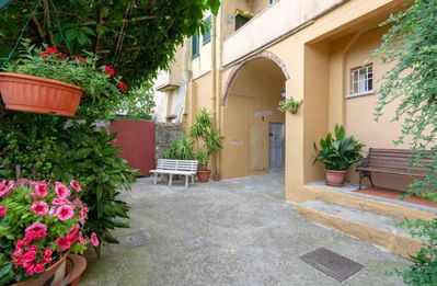 Photo for Holiday apartment Lastra a Signa for 2 - 6 persons with 1 bedroom - Multistorey holiday home/maisone
