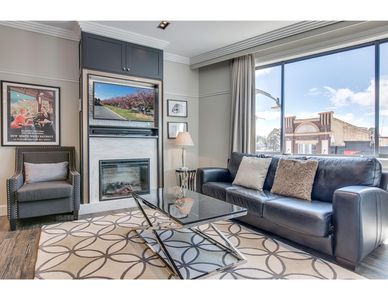 Photo for Head For The Hills At Charming Mountain Apartment