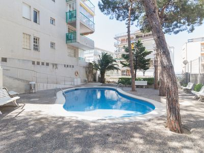 Photo for Nice apartment, sea views for 4 pax with communal pool
