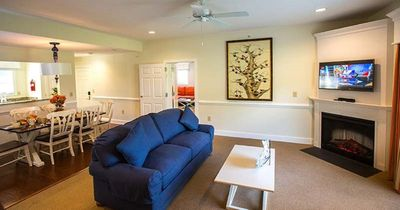 Photo for Luxurious 2 BR at Kingscreek: Walking distance to Water Country USA