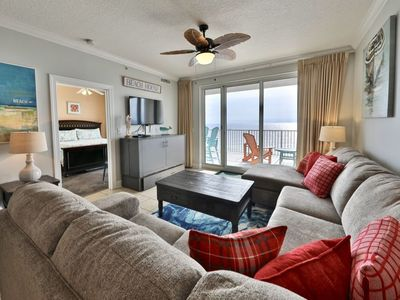 Photo for GULF PEARL at the Ocean Reef Resort, Luxurious - Spacious - Beach Front 4/3