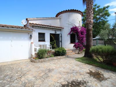 Photo for House in Empuriabrava with garden and barbecue, sleeps 5, TV SAT FR