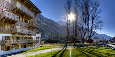 Photo for Luxury apartment of 84 m2 for 6 people near the center of Chamonix