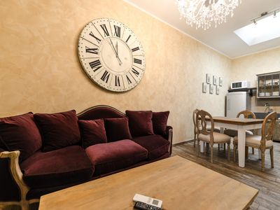 Photo for Bacall Apartment - Two Bedroom Apartment, Sleeps 4