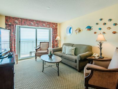 Direct Oceanfront 4BR/3BA, Large balcony, 1800 SF, Full Kitchen, Central,
