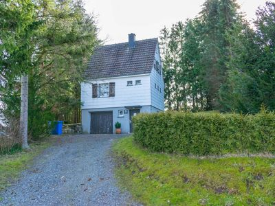 Photo for Holiday home in a quiet location amidst nature in the Sauerland region