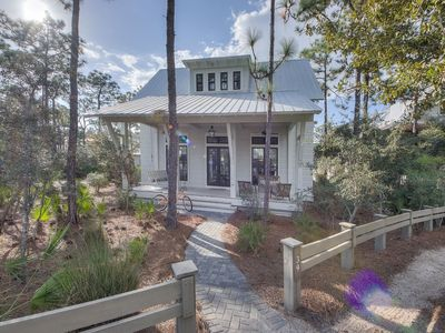 Photo for Luxurious Designer Home | Pet-Friendly 4 BR w/ 2 Masters & Outdoor Fireplace!