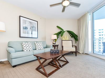 Photo for Tropical-themed resort condo w/balcony, pool, & amenities!