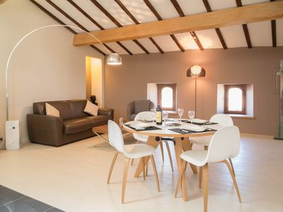 Photo for A charming and spacious air-conditioned apartment near to the Pont du Gard