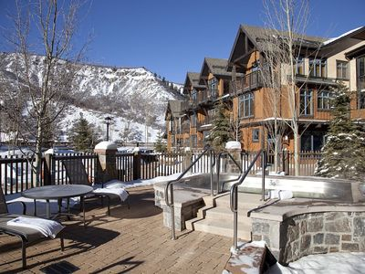 Photo for Premium Capitol Peaks Lodge 2 Bed - 2  Bath Corner Unit