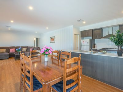 Photo for Southern Residence, New, Modern & Spacious Living
