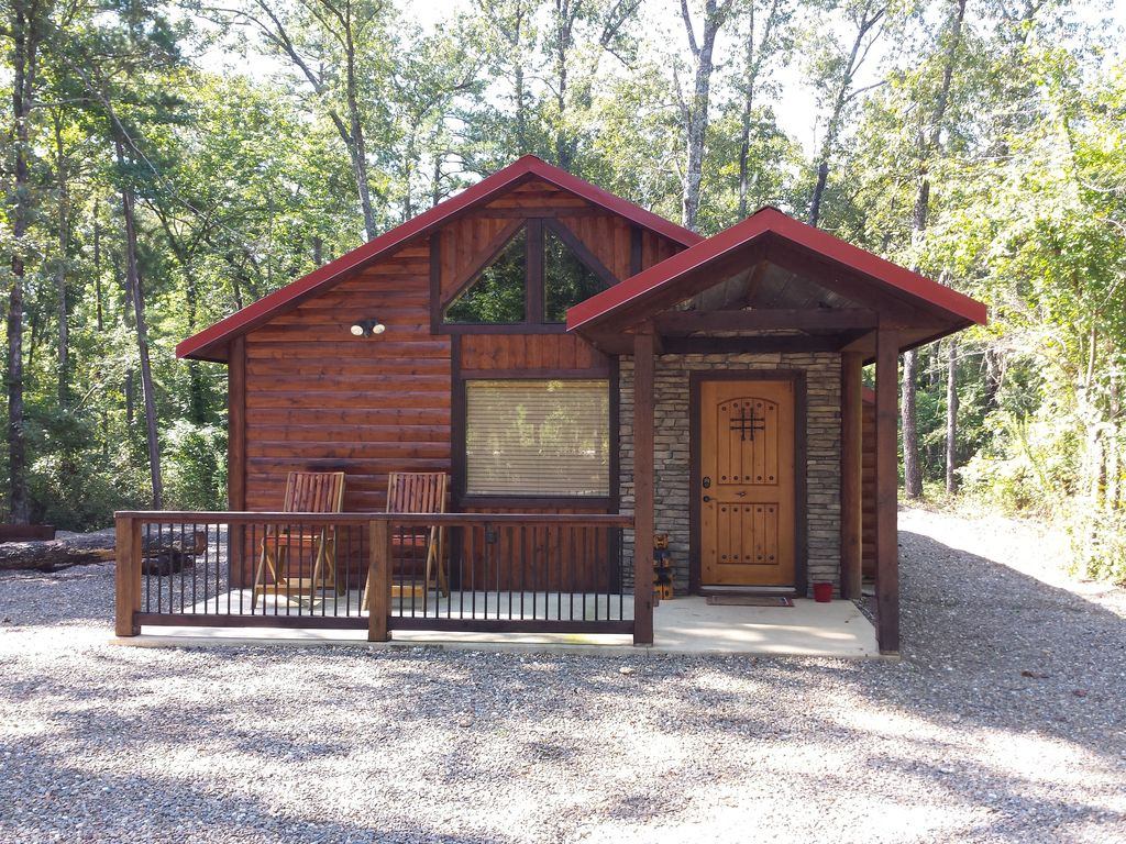 Lucky Log Is A One Bedroom Studio Just Minutes From Beavers Bend State Park
