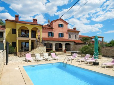 Photo for Vacation home Gracije in Pula/Vodnjan - 16 persons, 8 bedrooms