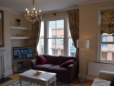 Photo for Fulham/Chelsea Victorian appartment (short/long offers available-please enquire)