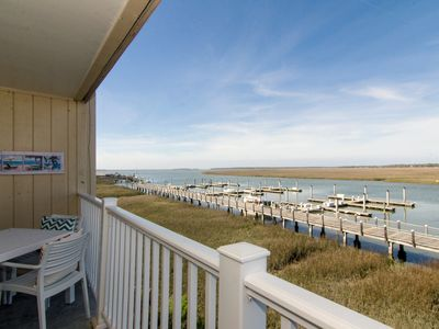 Photo for Bay Creek Villa 213 - Updated Condo w/ Creek/Sunset Views & Free Pool Access