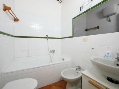 Photo for Apartment Falcognana in Roma - 7 persons, 3 bedrooms